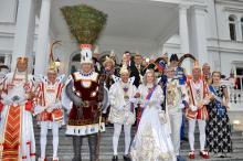 Spitzentreffen rheinischer Karnevalisten in der Villa Hammerschmidt
